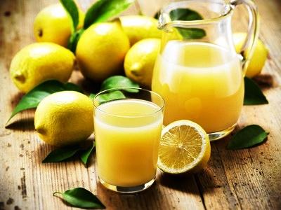 Die Zitronensaftkur – eine der einfachsten und wirksamsten Entgiftungsmethoden.
